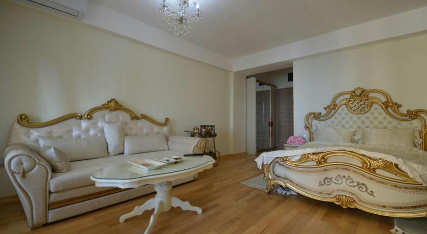 Apartment Apolona