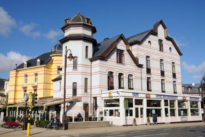Hotel Des Brasseurs Koninklijk Plein 1 De Haan