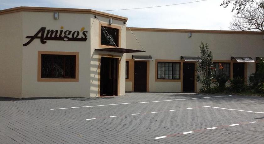 مدخل Amigos Bed & Breakfast