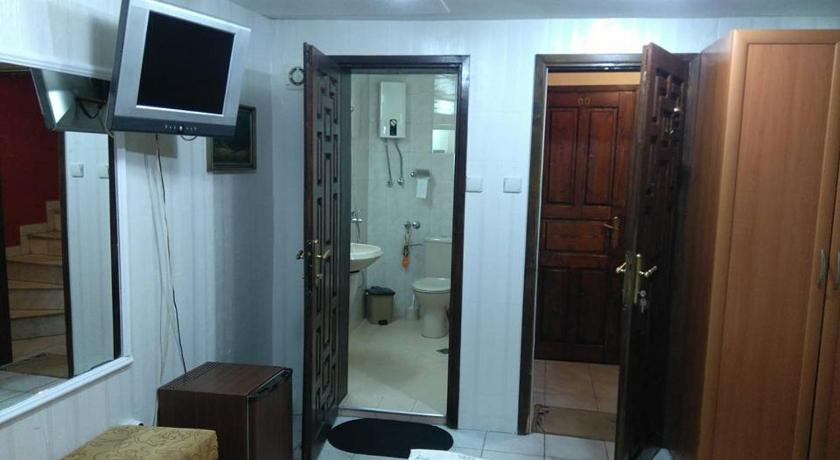 Economy Double Room on Ground Floor Mini Hotel