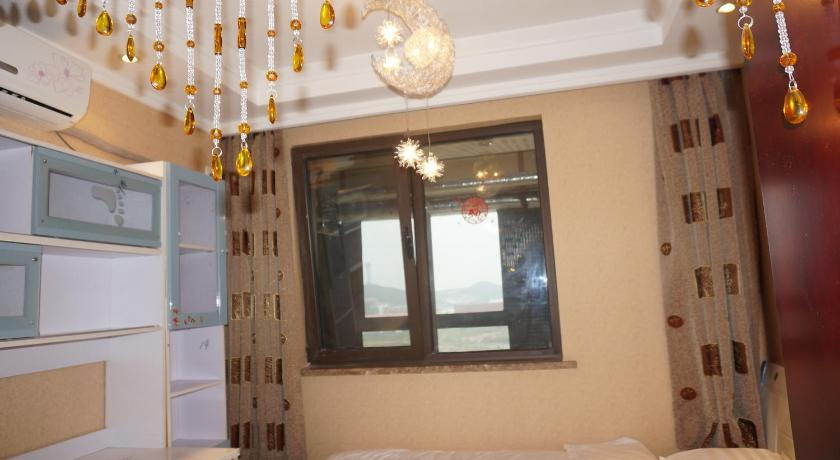 More about Yihai 45° Seaview Apartment