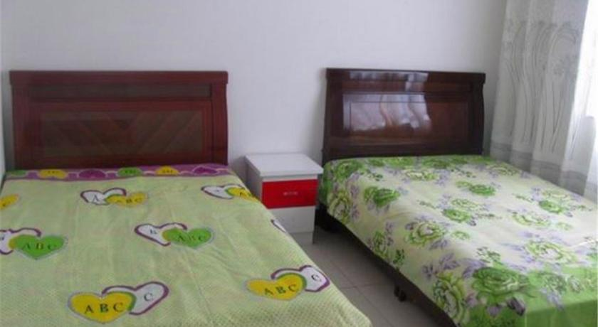 Alle 7 ansehen Ejin Yangguang Community 2nd Floor Family Apartment