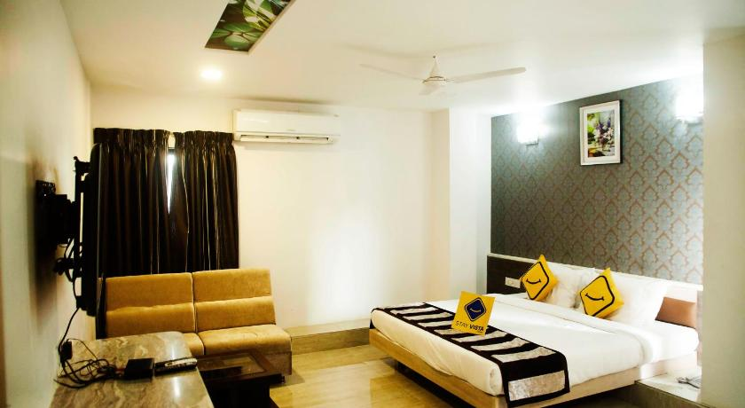 Standard Double Room - Guestroom Vista Rooms @ Smriti Nagar