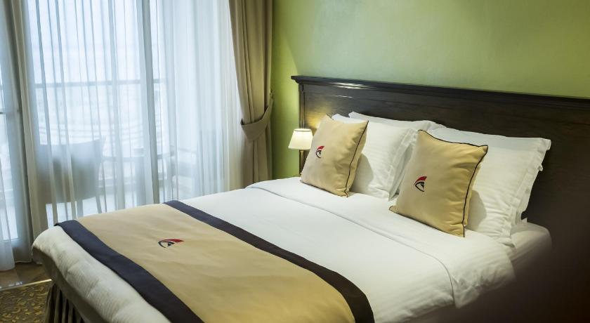 Standard Double Room - Guestroom Colosseum Marina Hotel