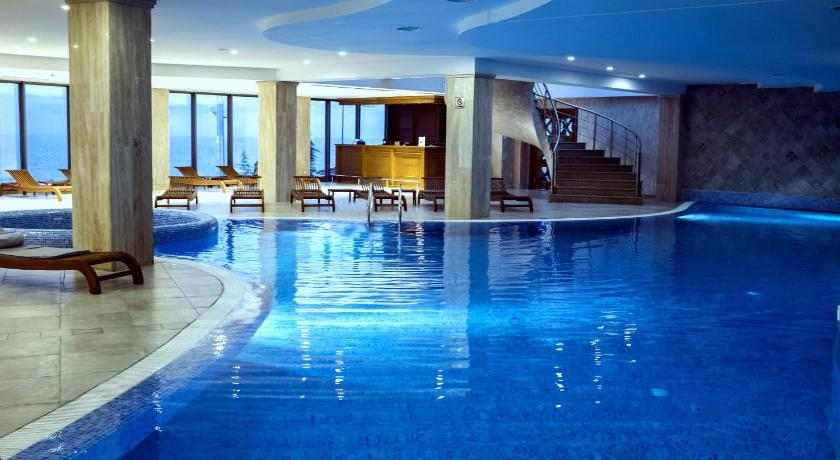 Swimming pool Colosseum Marina Hotel