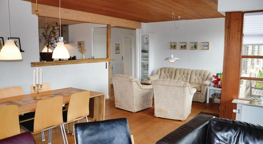 Three-Bedroom Holiday home Thyborøn with a Fireplace 02