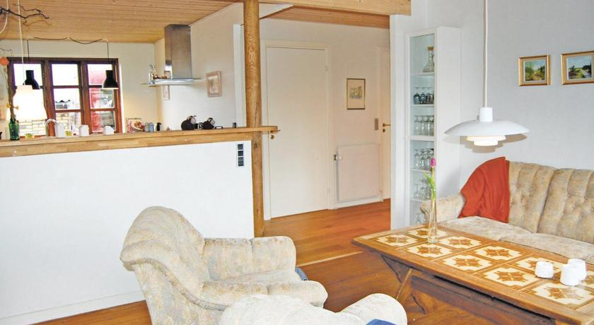 Ver las 27 fotos Three-Bedroom Holiday home Thyborøn with a Fireplace 02