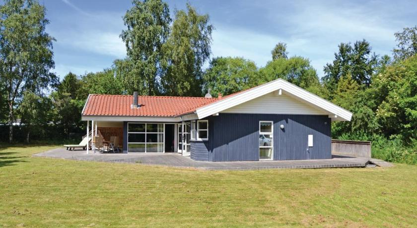 Holiday home Rosenbergvej