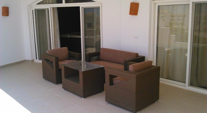 Three-Bedroom Apartment at Louly Beach Resort