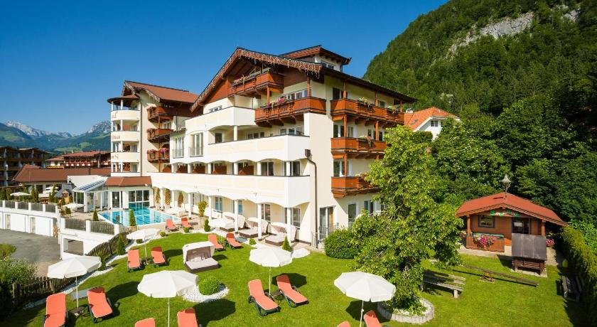 Best Price on Hotel Alpina Wellness