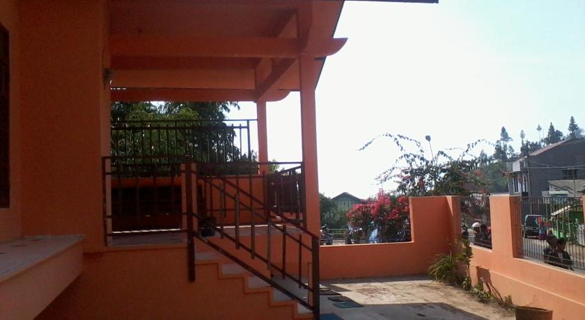 holiday home villa anandha guci tegal