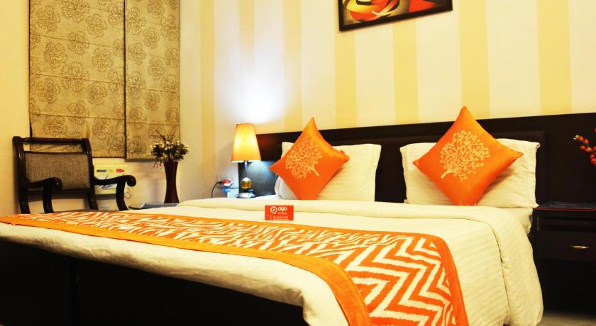 OYO Rooms Huda Metro Station