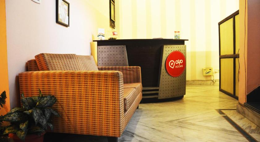 Lobby OYO Rooms Huda Metro Station