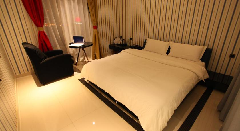 Mainland Chinese Citizens - Deluxe Double Room A Lehuo Hotel