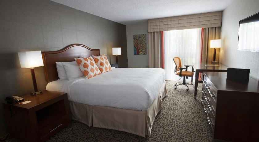 Superior King Room with Courtyard View - Guestroom Old Stone Inn Boutique Hotel