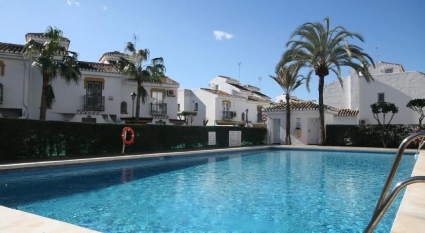 Swimming pool Holiday home La Cala de Mijas