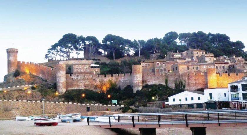 Two-Bedroom Apartment Tossa de Mar with Mountain View 05