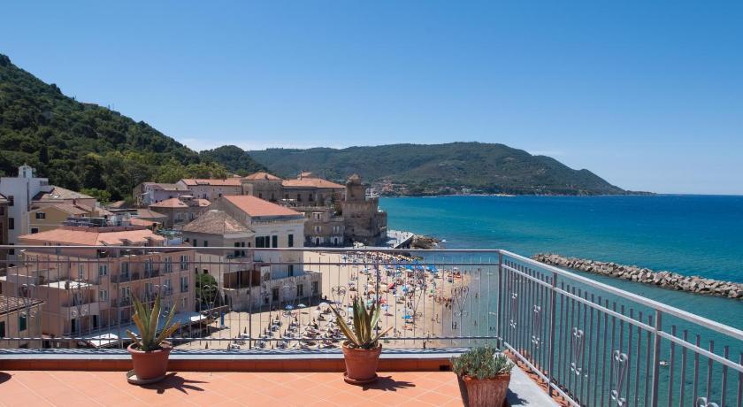 Best Price on Casa Terrazzo Sul Mare in Castellabate + Reviews!