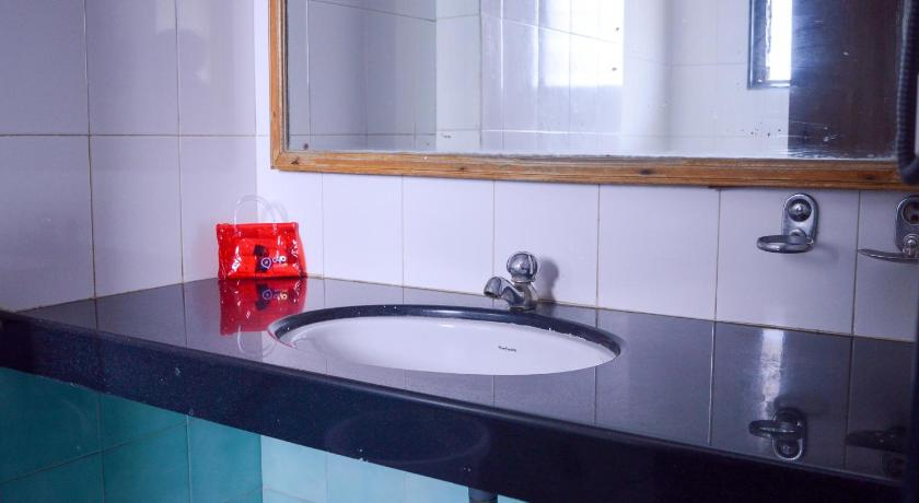 Double or Twin Room - Bathroom OYO Rooms Hubli