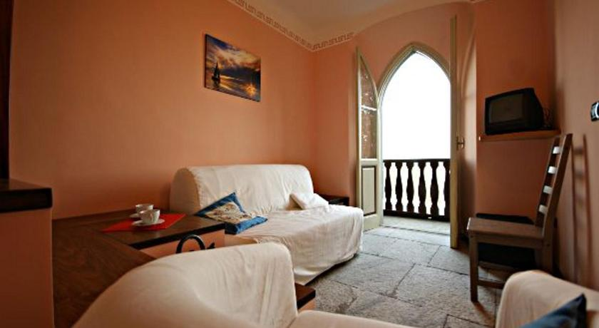 Apartment with Garden View - Separate living room Villa Santa Chiara