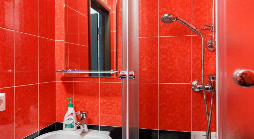 Single Room - Shower Almaz Hotel