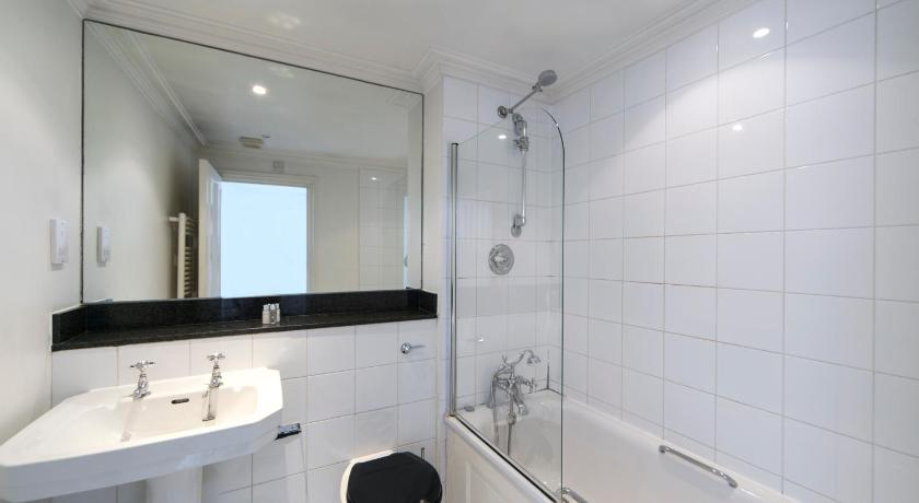 Earls Court Apartment Tp