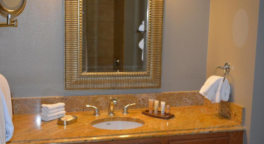 Luxury Condo at Wyndham Grand Desert 265 East Harmon Avenue Las Vegas