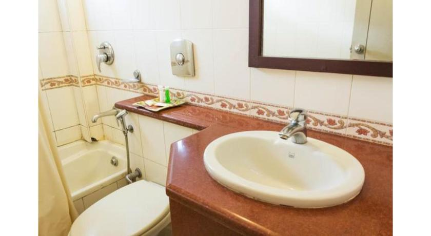 Bathroom Vista Rooms at Edappally