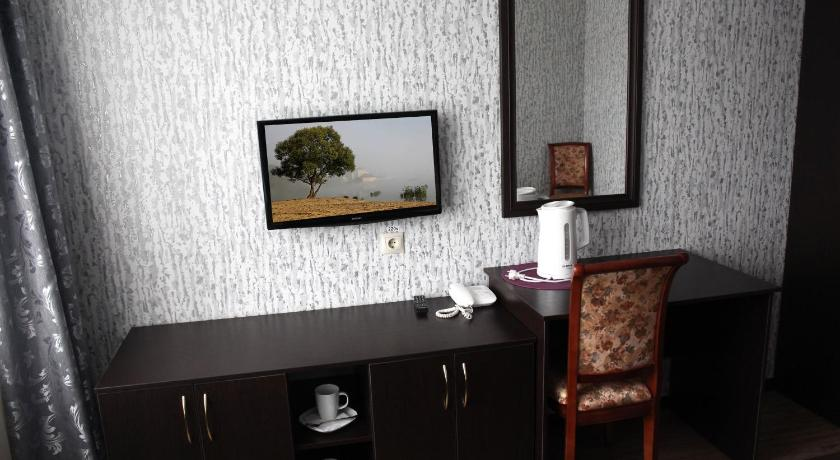 Budget Single Room Hotel Lyudinovo