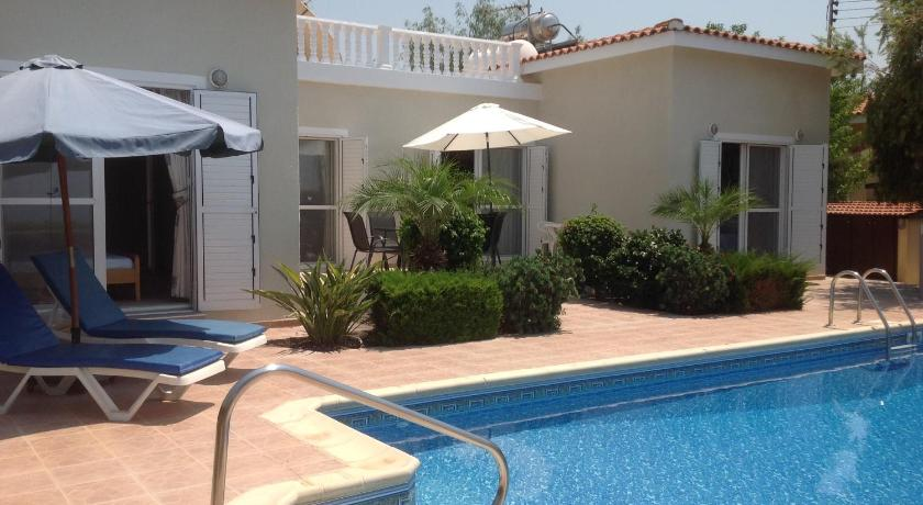 Villa With Private Pool - Swimming pool Villa Xemxija