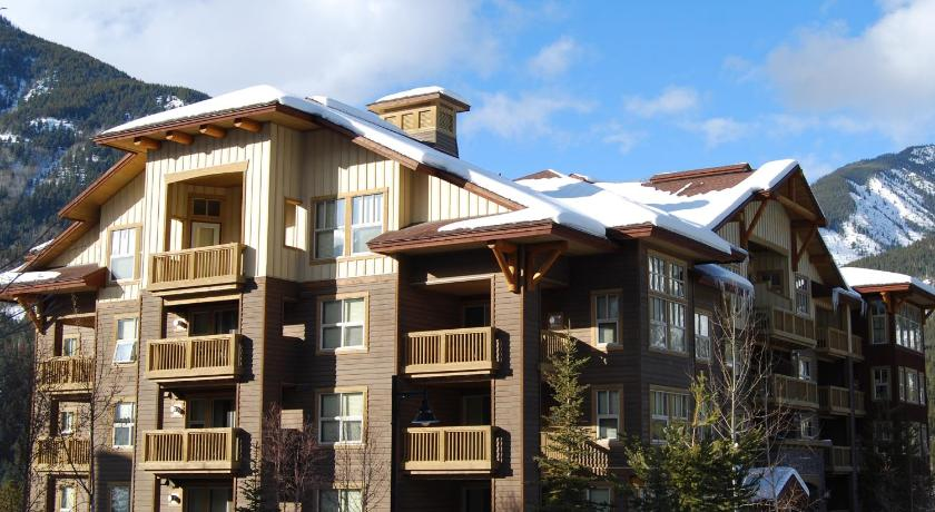 Panorama Mountain Resort - Premium Condos and Townhomes