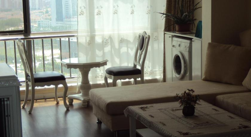 Two-Bedroom Apartment Yantai Laishan Shiji Huafu Sea View Apartment