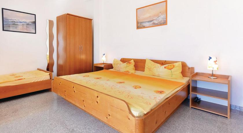 Holiday Apartment Vodice 01