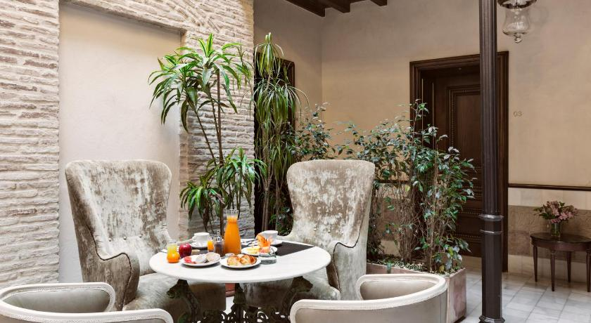 boutique hotels sevilla  435