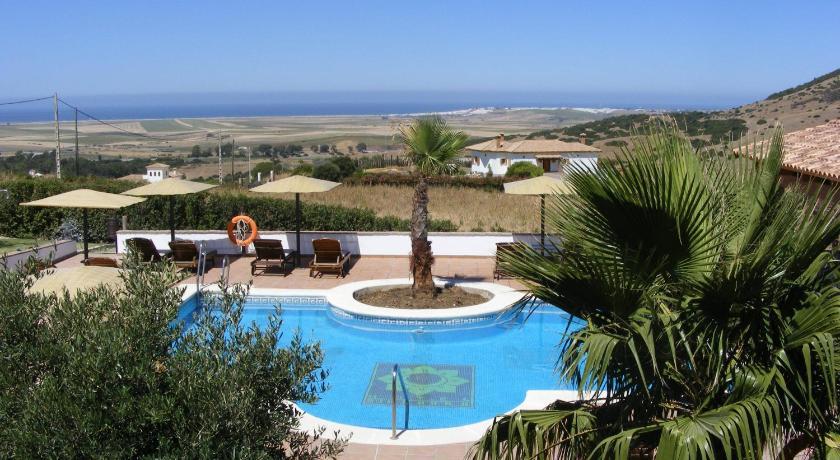 hoteles con encanto en cádiz  317