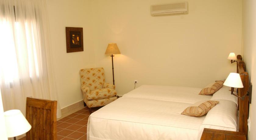 hoteles con encanto en cádiz  314