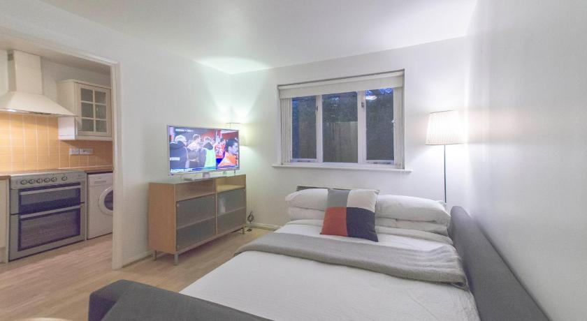 Bright 1 Bed Apartment In Canary Wharf