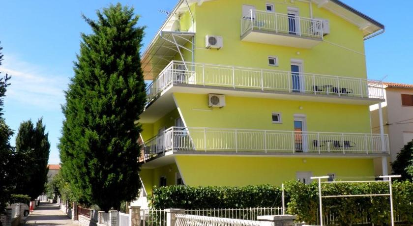 One-Bedroom Apartment in Vodice V