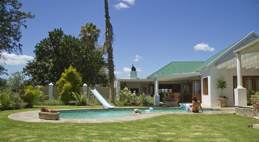 Swimmingpool Avoca River Cabins