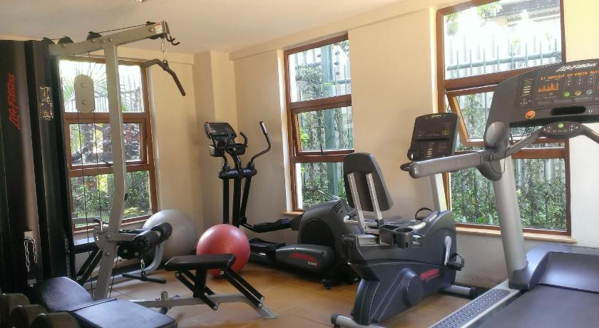 fitnesscenter Fenesi Gardens Apartments