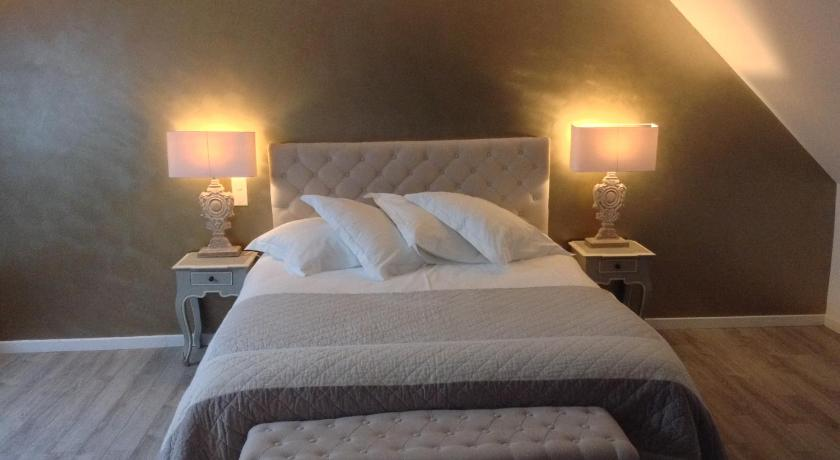chambres d 39 h tes les ecuries de la source amiens. Black Bedroom Furniture Sets. Home Design Ideas