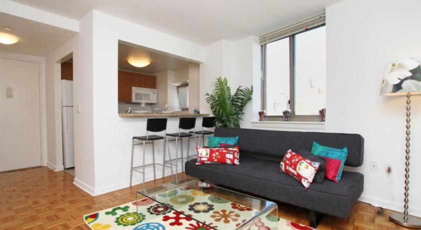 Подробнее о Great Central Time Square Apartment