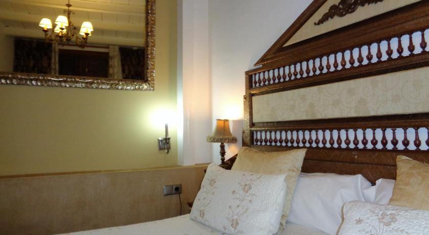 hoteles con encanto en jaén  221