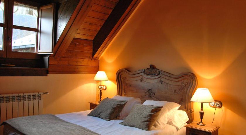 habitaciones con cama dosel en Huesca  Imagen 49