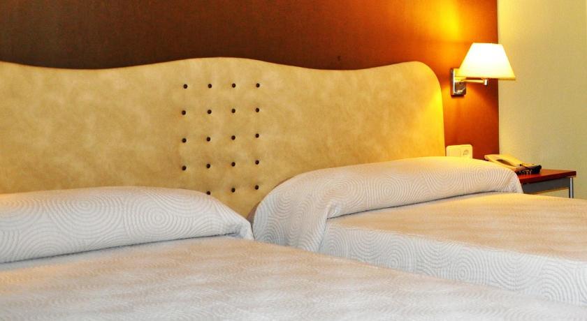 Hotel Convento De Santa Clara-8993565