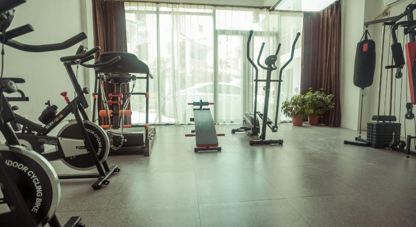 Fitness center Guilin Rain Cloud Live Hotel