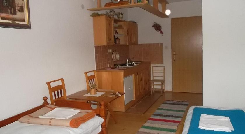 Guest Accommodation Butina