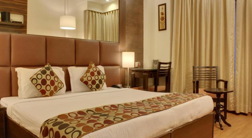 Oyo Rooms - Cyber City Grand: