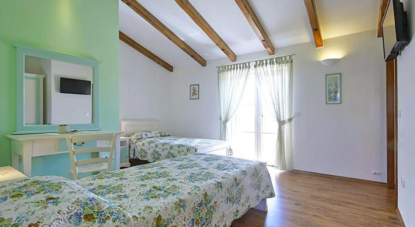 Holiday home Hrvatini 101 B