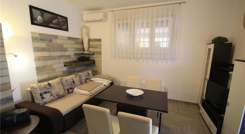 One-Bedroom Apartment in Bozidara Jakca
